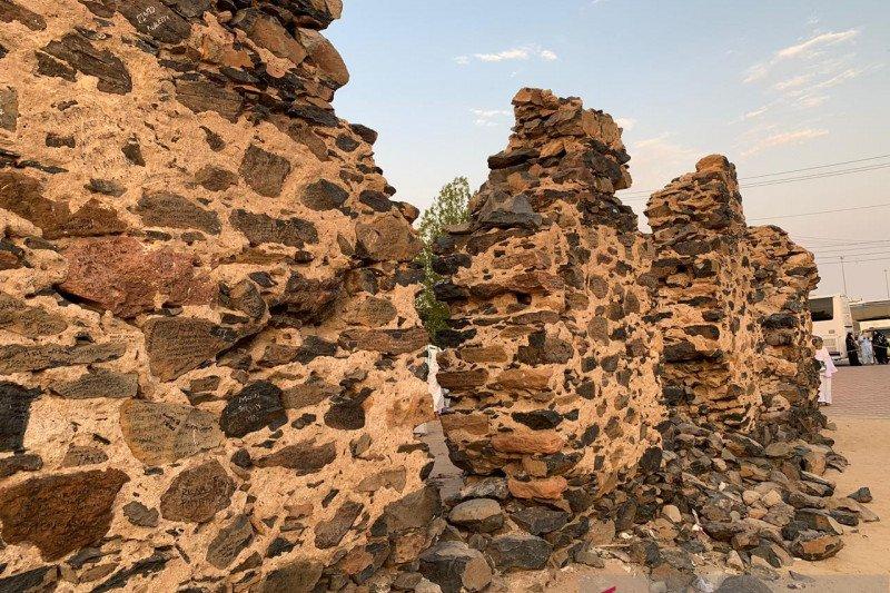Reruntuhan Hudaibiyah dan tradisi Wangsa Saud merawat sejarah