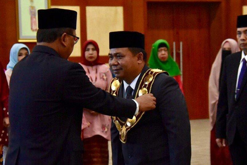 Syamsul Gultom dilantik sebagai Rektor Unimed di Jakarta