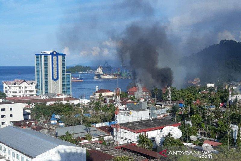 Pengamat: pembatasan jaringan telekomunikasi Papua bukan solusi