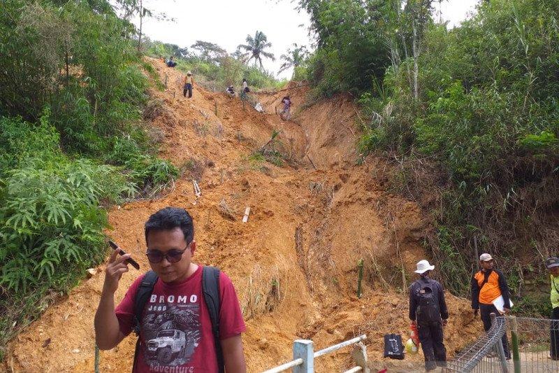 BPBD awasi titik rawan longsor di Cianjur