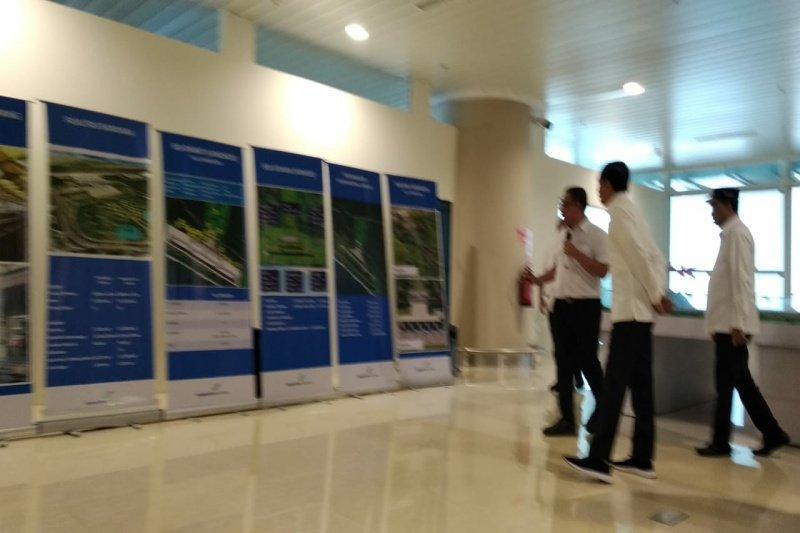 Presiden Jokowi meninjau pembangunan Yogyakarta International Airport