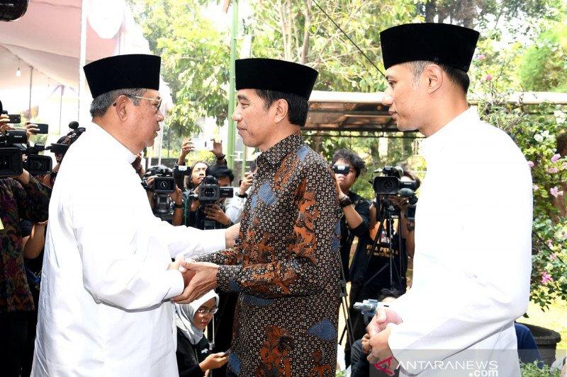 Berita politik kemarin, dari pemakaman Ibunda SBY hingga kondisi Papua
