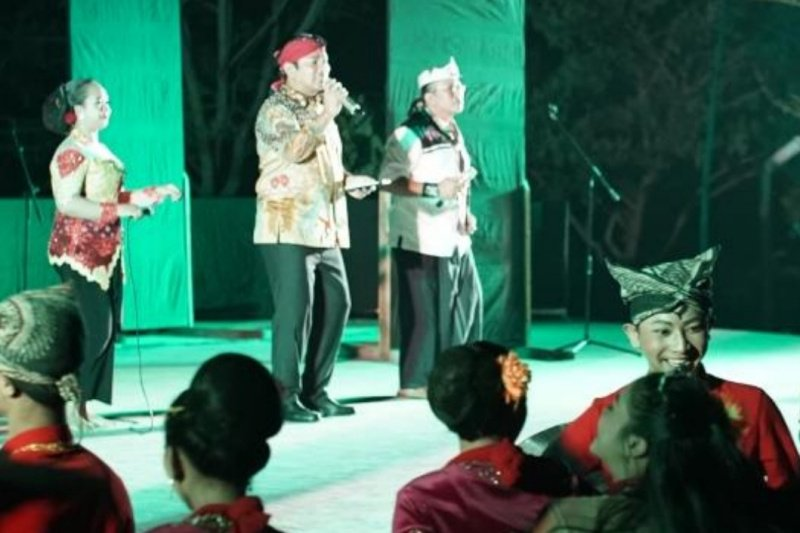 Wali Kota meriahkan gelaran ketoprak dan campursari di Semarang