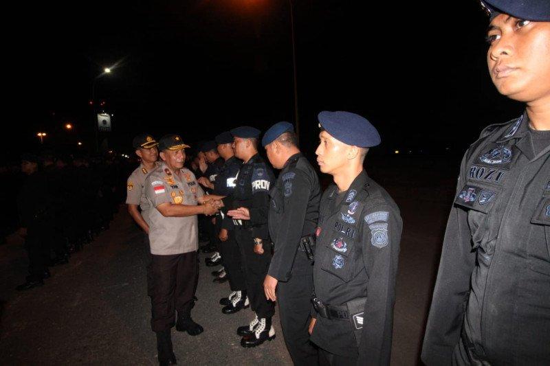 252 personel Brimob Polda Kepri diberangkatkan ke Papua