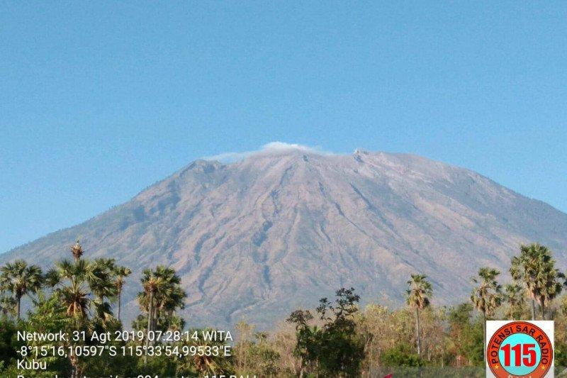 BPBD Bali tegaskan status Gunung Agung tetap siaga
