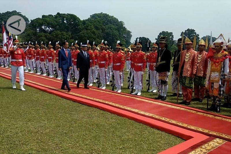 Upacara penyambutan Raja Malaysia di Istana Bogor