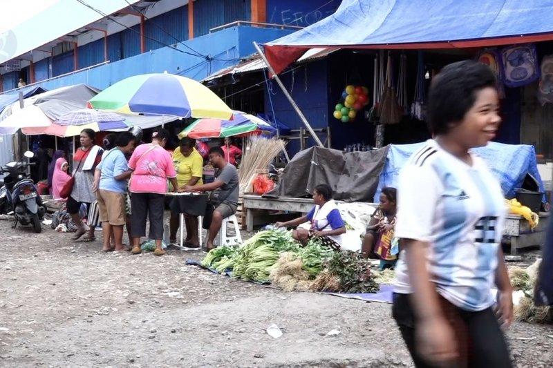 Aktivitas di Pasar Sanggeng mulai normal