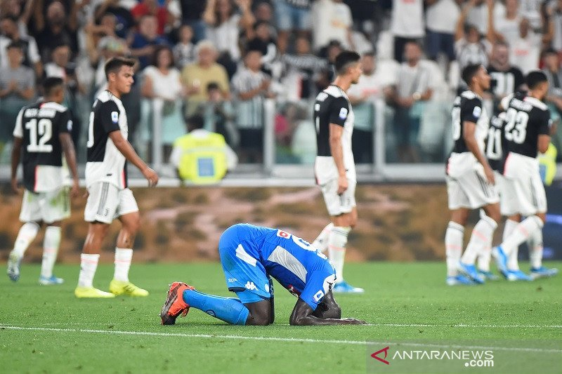 Gol bunuh diri bek Napoli pastikan Juventus kantongi tiga poin