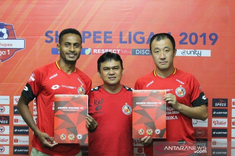 Dua pemain asing dilepas Semen Padang