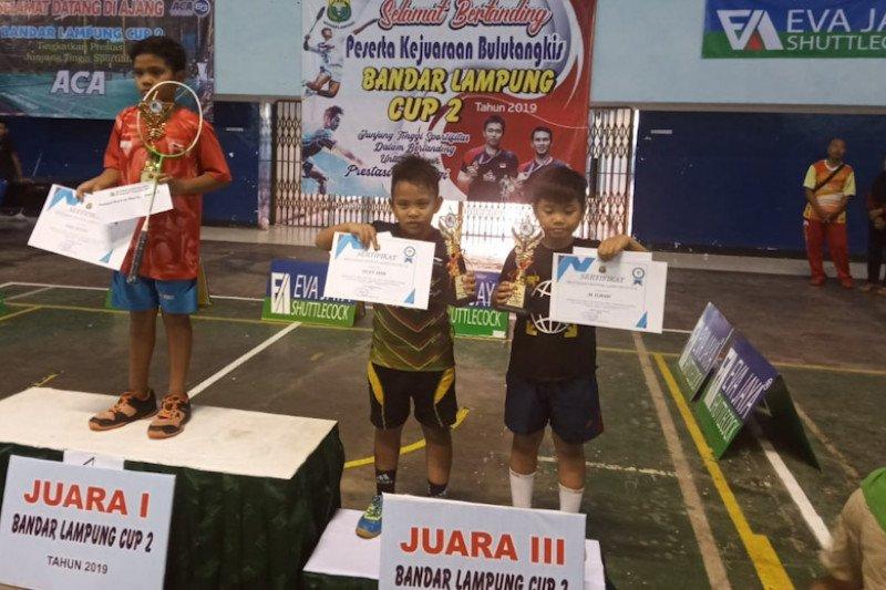 Pebulutangkis SD ini raih juara tiga Bandarlampung Cup II