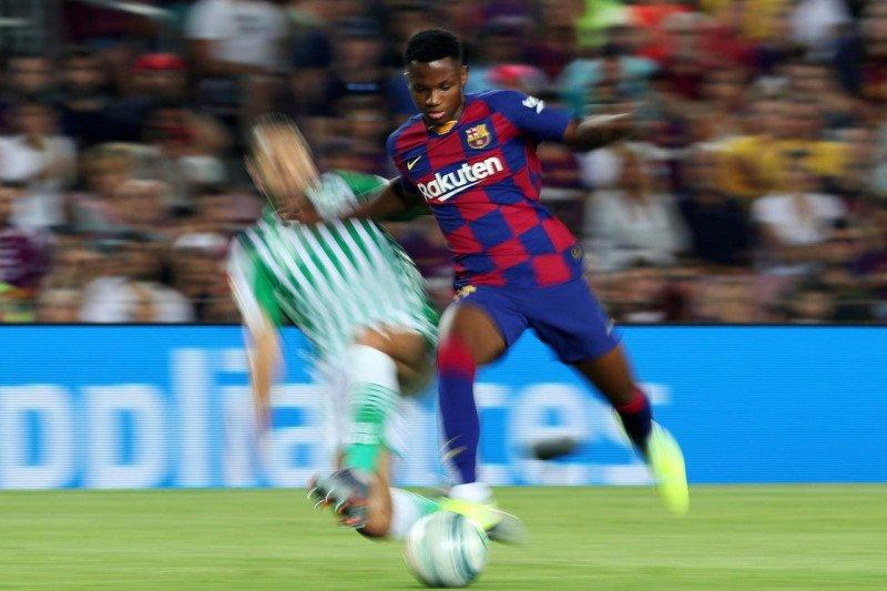 Striker remaja Ansu Fati bangga pencetak gol termuda La Liga
