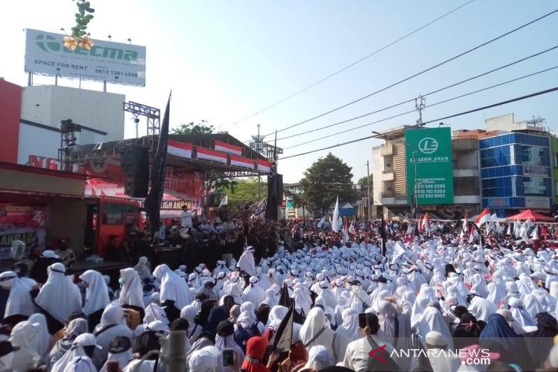 Umat Islam Solo Raya meriahkan parade ukhuwah, Felix Siauw hadir