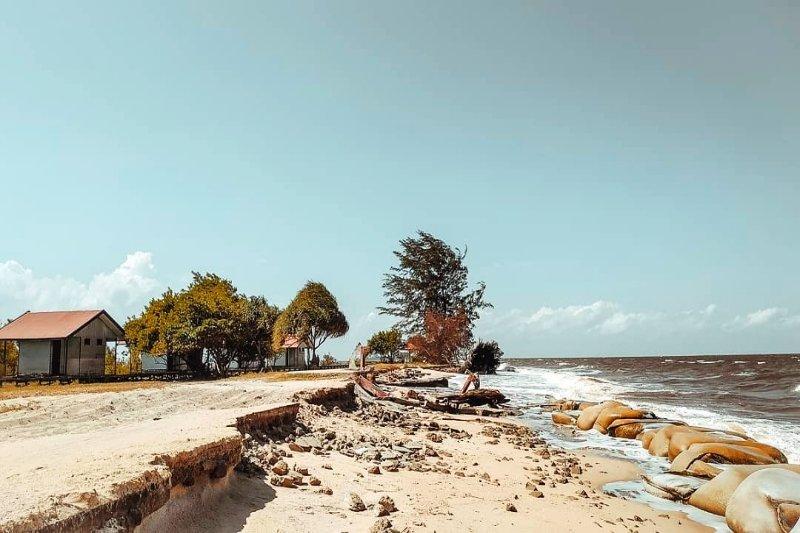 Legislator desak prioritas penanganan abrasi Pantai Ujung Pandaran
