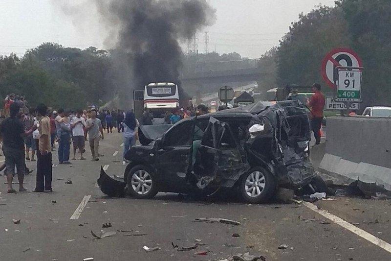Jasa Marga evakuasi korban kecelakaan Tol Purbaleunyi