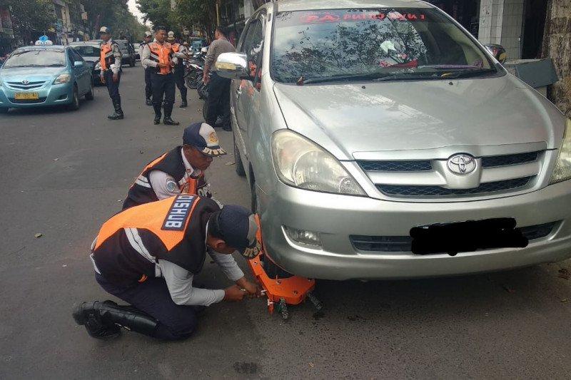 Dishub: Sanksi gembok kurangi pelanggaran rambu parkir