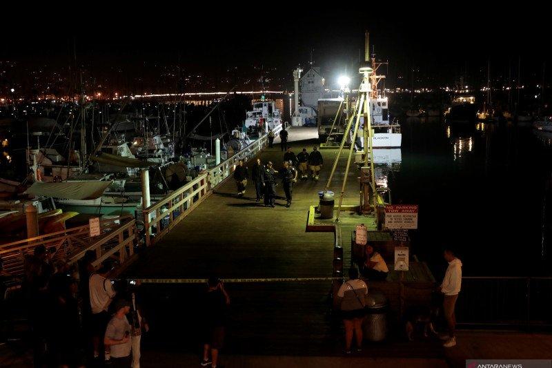 Kapal scuba diving terbakar, delapan orang penumpang dilaporkan tewas