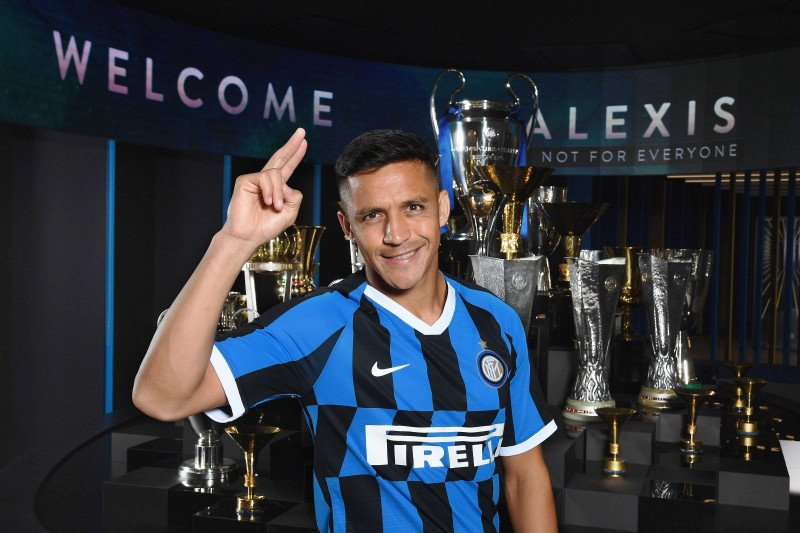 Inter : Sanchez mungkin perlu operasi cedera pergelangan kaki