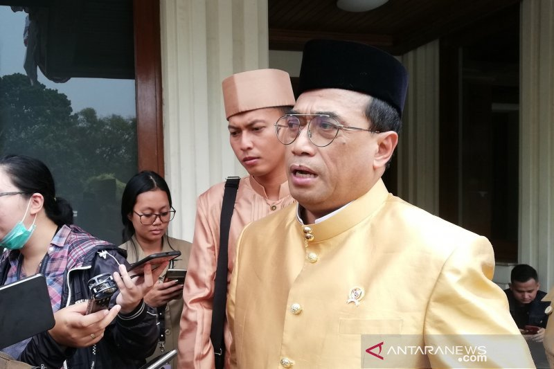 Pemerintah akan beri kesempatan Jepang garap kereta Jakarta-Surabaya