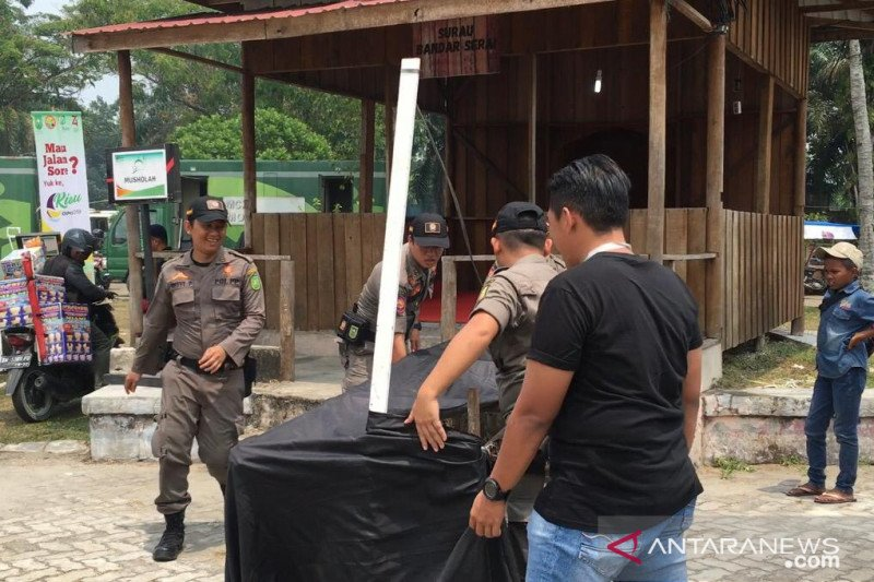 VIDEO - Pol PP tertibkan PKL di area Riau Expo 2019
