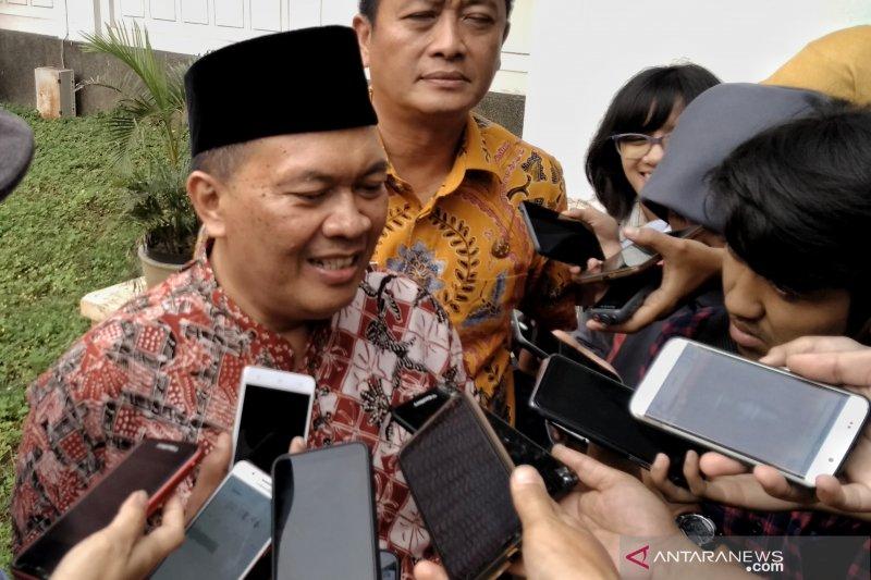 Pemkot Bandung akan sampaikan aspirasi buruh revisi UU ketenagakerjaan ke Pusat