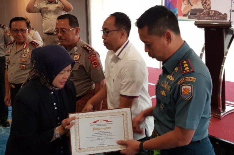 Danlanal Palembang raih penghargaan  Kementerian Kelautan dan Perikanan