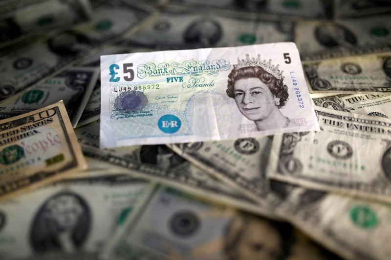 Dolar AS turun terhadap pound Inggris
