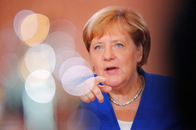 Angela Merkel kembali serukan solusi damai bagi Hong Kong
