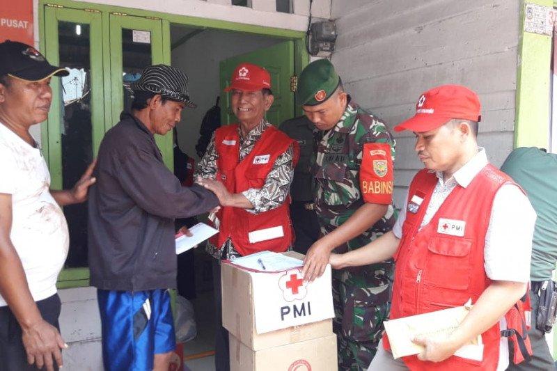 PMI Lampung bantu korban kebakaran di Kaliawi Bandarlampung