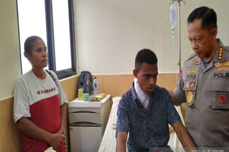 Anggota Polri korban penanganan di Deiyai dan Wamena dijenguk Kapolri