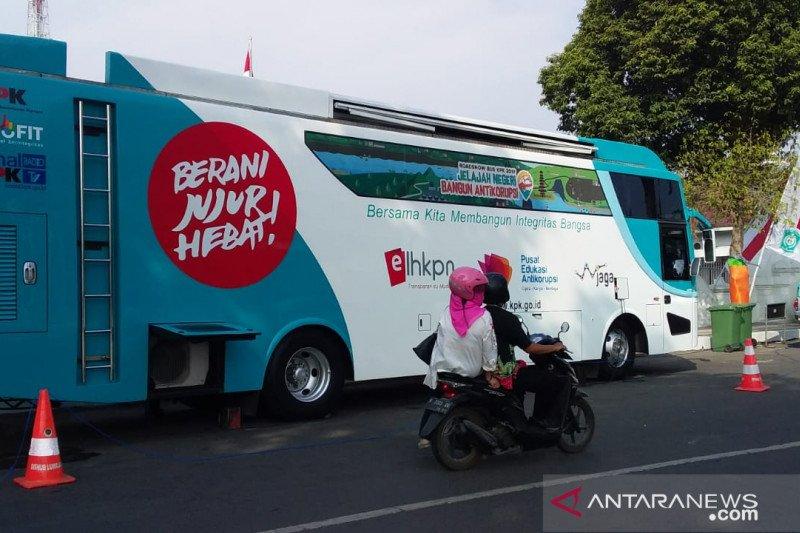 Kampanye pencegahan lewat bus KPK