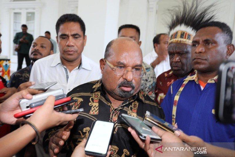 Gubernur minta mahasiswa Papua di luar daerah segera melapor jika merasa terancam