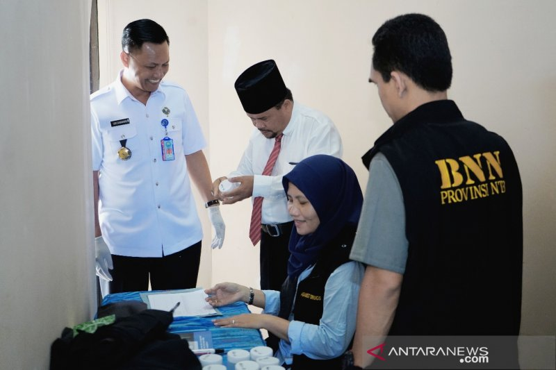 Empat anggota DPRD NTB mangkir dari tes narkoba
