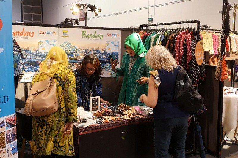 Produk fesyen Bandung dipamerkan di ajang busana terbesar Asia