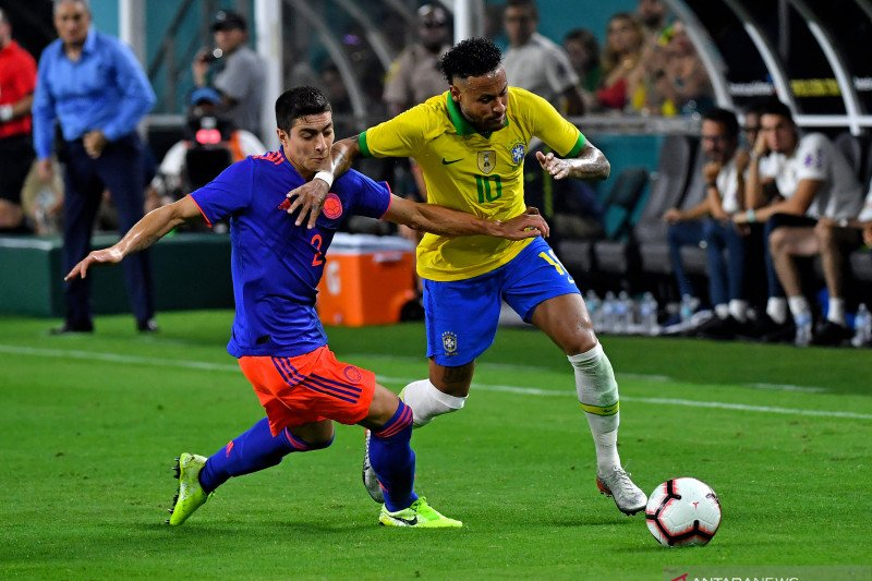 Neymar sumbang gol saat Brazil imbang melawan Kolombia