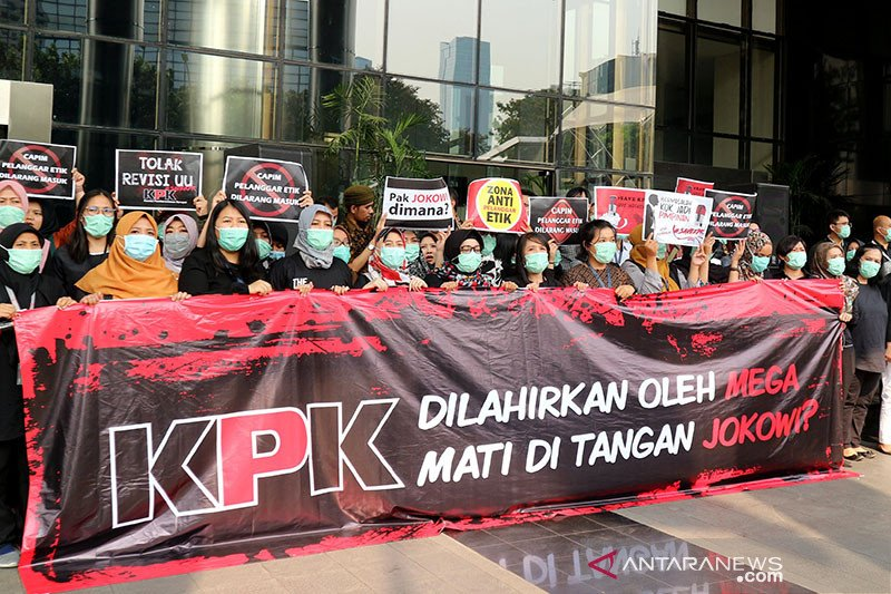 Revisi UU KPK, Arsul Sani: DPR justru tak ingin KPK dilemahkan