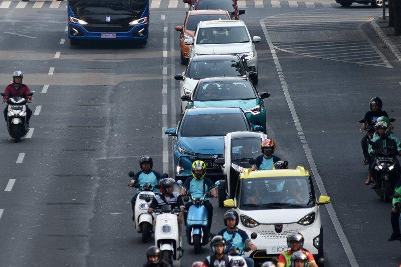 Kendaraan listrik diberi insentif, diharapkan jumlahnya meningkat