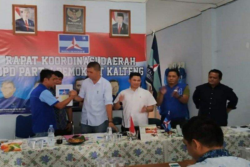 Depe jabat Wakil Ketua DPRD Bartim