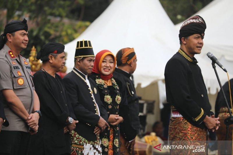 Gubernur Ganjar meriahkan Festival Wong Gunung di Pemalang