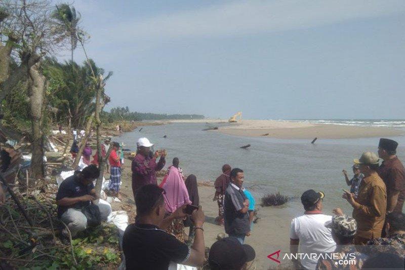 1.100 karung geobag disiapkan untuk minimalkan abrasi Karang Labuang