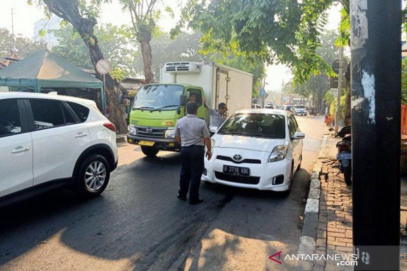 Polres Jaktim tilang 297 pelanggar ganjil genap