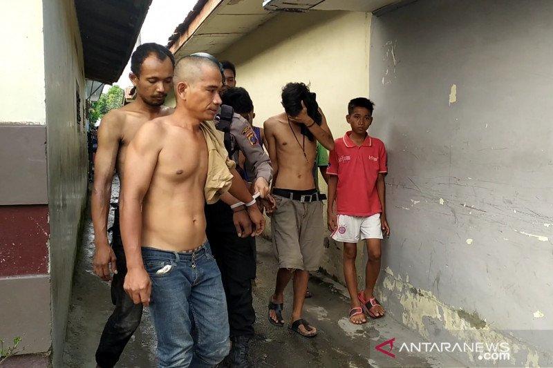 Gerebek kampung narkoba di Medan, polisi tangkap pengedar narkoba