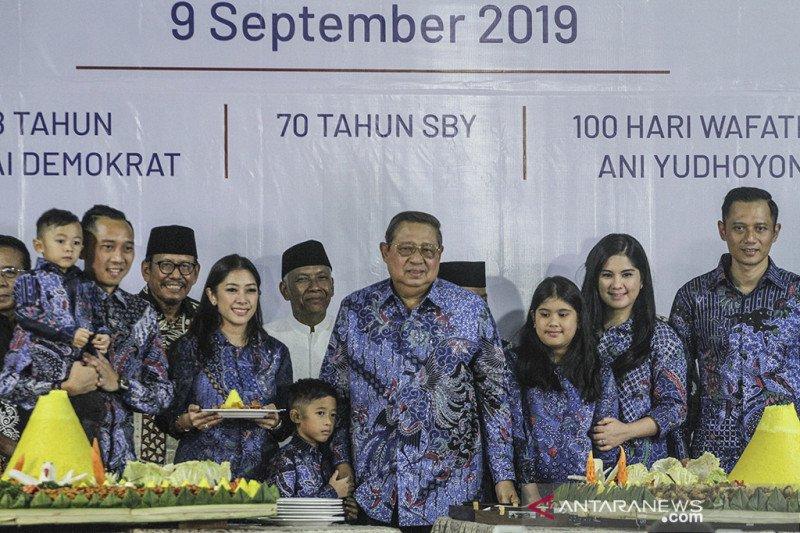 Kesedihan SBY saat HUT tak ada Ani Yudhoyono dan ibundanya