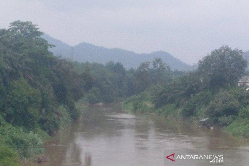 Kabut asap selimuti tiga kabupaten di Sumut