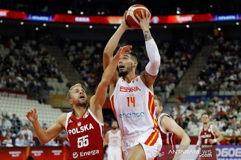 Spanyol sudahi langkah bersejarah Polandia di perempat final