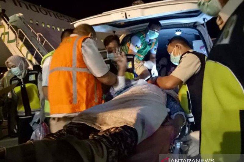Tiba di Aceh, empat orang haji dirujuk ke rumah sakit