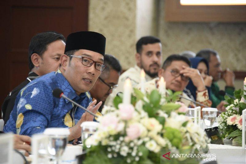 Ridwan Kamil enggan tanggapi soal Uu Ruzhanul