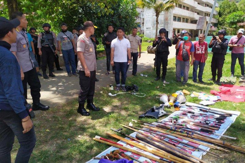 Papua terkini - Polri sita senjata tajam dari Asrama Rusunawa Jayapura