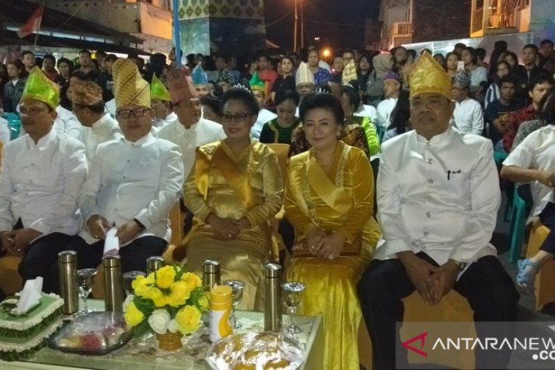 Menteri Yohana Yembise buka kegiatan Festival Pesona Sangihe