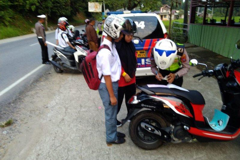 Pelajar dominasi pelanggar lalu lintas di Kecamatan Batang Kapas Pesisir Selatan