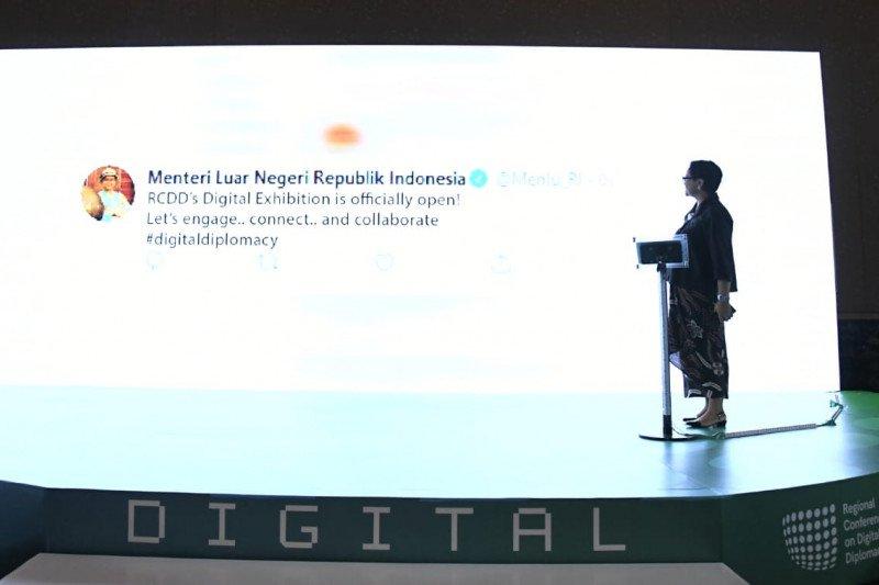 Menlu menggalakkan diplomasi digital untuk kerja sama ekonomi